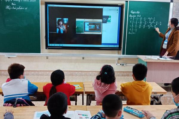Lên phương án hỗ trợ học sinh Quảng Ninh bị 'kẹt' ở vùng dịch