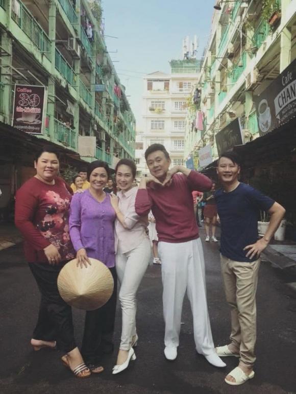 Việt Anh hài hước dưới mưa hậu trường 'Hướng dương ngược nắng'