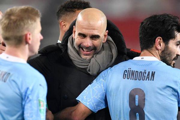 Lấy vé tứ kết Cúp C1, Pep Guardiola và Man City đạt kỷ lục khó tin