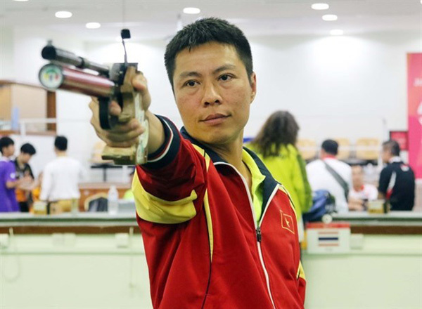 Vietnamese marksmen,shooting