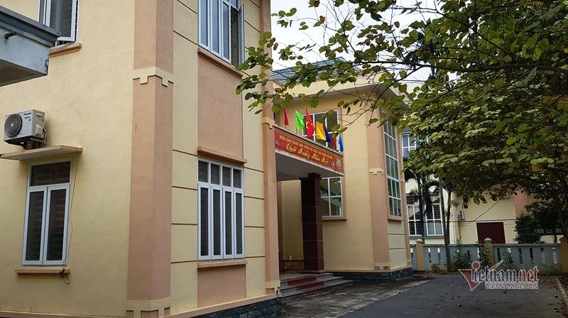 Huyện nghèo xin xây trụ sở mới, tỉnh bác 'từ trong trứng nước'