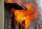 Bắt người đàn ông 70 tuổi đốt nhà định giết người thân ở TP.HCM