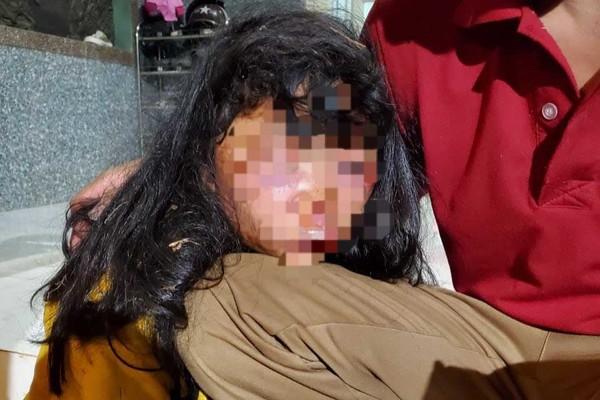 Truy tìm kẻ đánh dã man học sinh lớp 6 trên đường đi học về