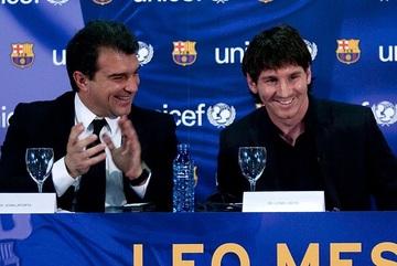 Chelsea, Liverpool sẽ kết thúc top 4, Messi ở lại Barca