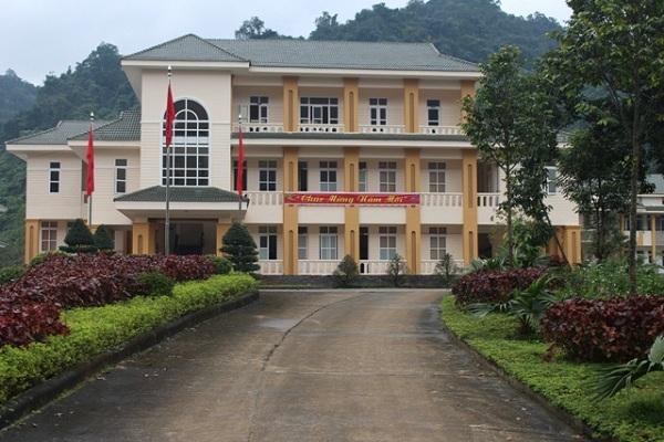Không kê khai tài sản của vợ, phó GĐ trung tâm du lịch Phong Nha bị kỷ luật