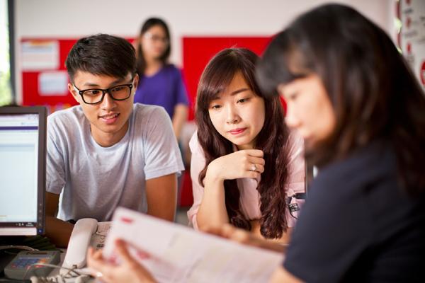 IELTS - chứng chỉ Anh ngữ mở ra nhiều cơ hội cho người trẻ