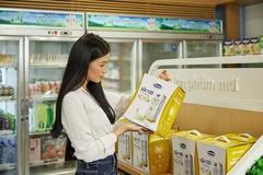 Vinamilk xuất khẩu sữa tươi chứa tổ yến sang Singapore