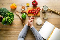 Chế độ dinh dưỡng, sinh hoạt sau sinh theo lời khuyên chuyên gia