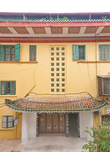 Hanoi's sleeping beauty awakens