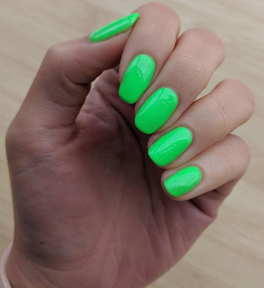 Màu sơn móng tay nói gì về tính cách của bạn?