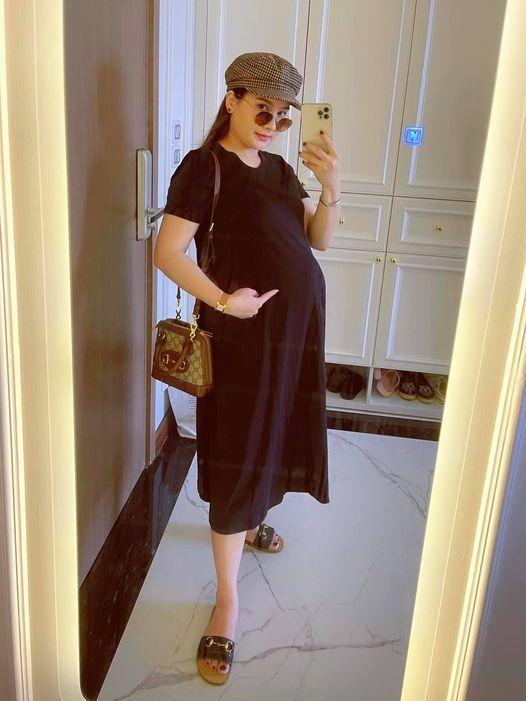 Lần hiếm hoi MC Mai Ngọc VTV khoe ảnh với mẹ
