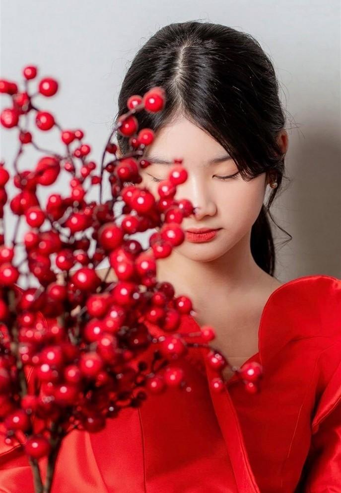 Con gái của Trương Ngọc Ánh - Trần Bảo Sơn tuổi 13 cao 1m62