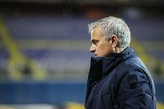 Lộ số tiền Tottenham phải đền bù nếu sa thải Mourinho