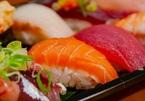 Hàng trăm người đổi tên để được ăn sushi miễn phí