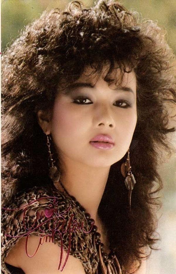 danh hai thuy nga phu phep ca si kim ngan sanh dieu khong ngo 3 Ca sĩ Kim Ngân được danh hài Thuý Nga đưa đi cắt tóc, mua quần áo mới