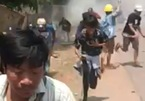 Người Myanmar thắp nến biểu tình trong đêm