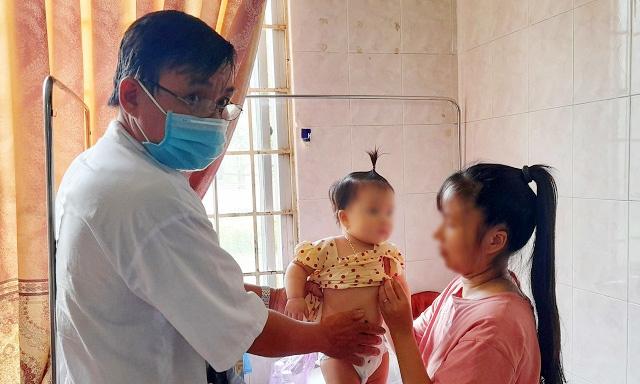 Lộ nguyên nhân vụ hàng trăm người chung biểu hiện ngộ độc
