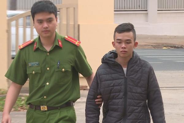 Đánh đập 3 nữ nhân viên quán karaoke, thanh niên ở Đắk Lắk bị tạm giữ