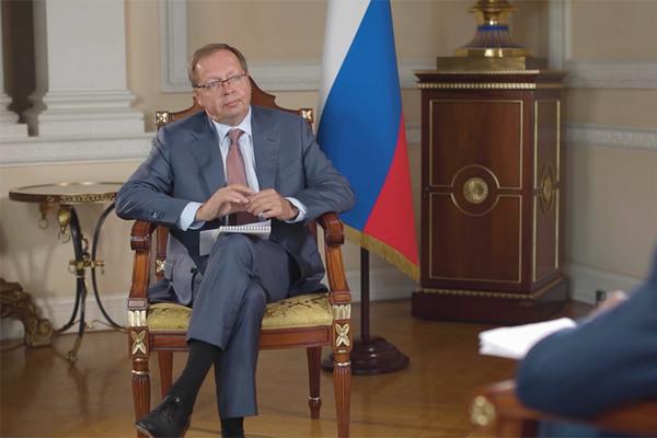 Đại sứ Nga cáo buộc kế hoạch phát triển hạt nhân của Anh là phi pháp