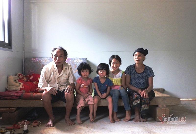 Xuân ấm Mường Lát: Bộ trưởng Tô Lâm trao nhà cho người vùng cao