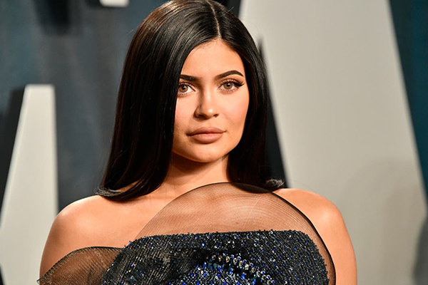 Kylie Jenner bị lên án khi chỉ góp 5.000 USD dù gia tài trăm triệu đô