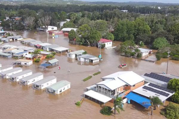 Hình ảnh Australia chịu cảnh lũ lụt 'trăm năm có một'