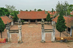 Mong Phu Temple: Unique architecture of Red River Delta
