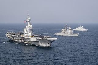 Hàng loạt tàu chiến Mỹ và đồng minh diễn tập sát sườn Iran