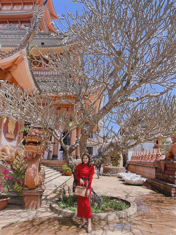 Trần Thu Thủy Store - điểm hẹn của những cô nàng mê túi xách