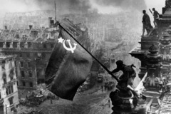 Đề xuất quan trọng của Liên Xô làm thay đổi cục diện Thế chiến thứ hai