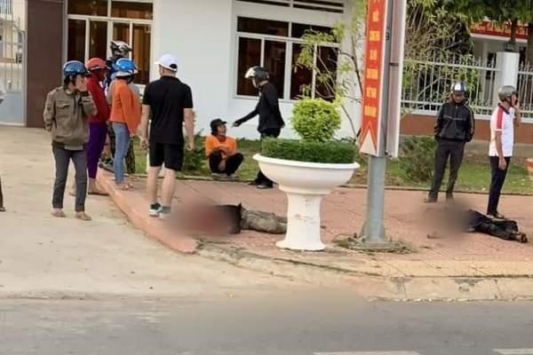 Một người chết, 1 bị thương trước cổng UBND huyện ở Đắk Nông