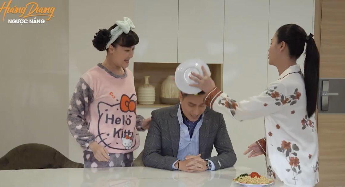 Thu Trang kể hậu trường hài hước màn úp đĩa mì lên đầu Việt Anh