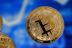 Giá Bitcoin bật tăng, một đồng ảo giá 1,2 tỷ tiền thật