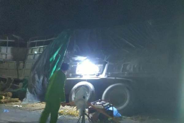 Danh tính nạn nhân vụ lật xe chở keo 7 người chết ở Thanh Hoá