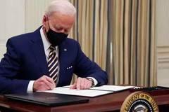 Toan tính của TT Joe Biden, nước Mỹ vào giai đoạn mới