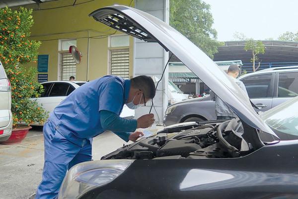 Ngăn thủ đoạn làm giả giấy tờ đăng kiểm xe