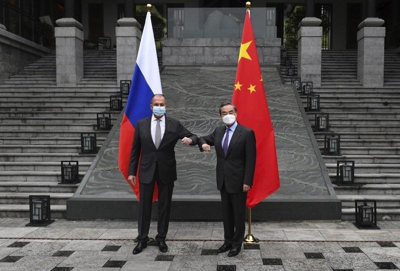 Nga - Trung gặp mặt, thể hiện đoàn kết trước Mỹ và EU