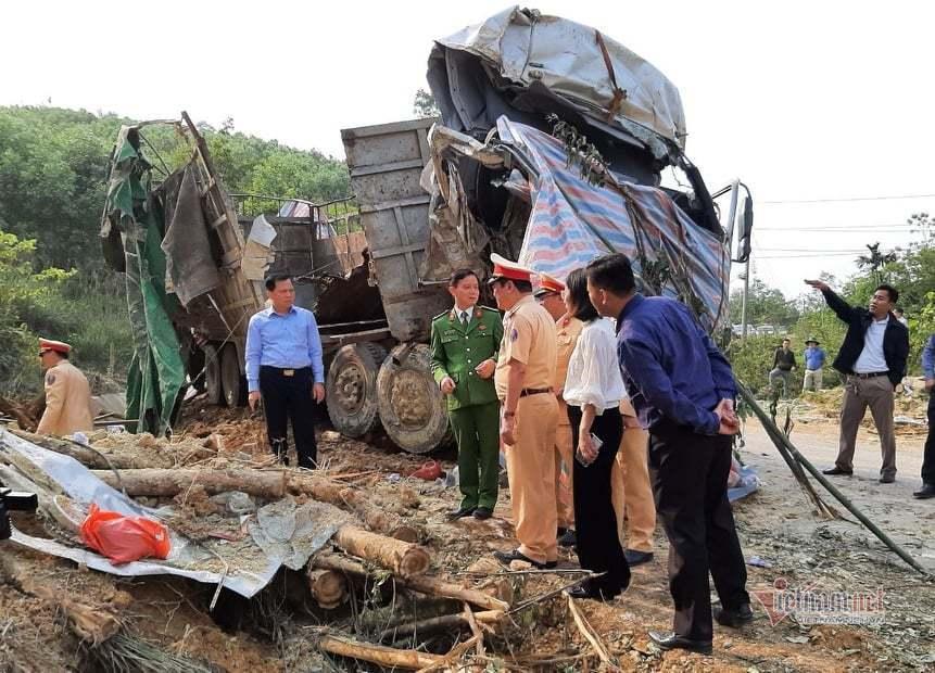 Yêu cầu điều tra nguyên nhân vụ tai nạn 7 người chết ở Thanh Hoá