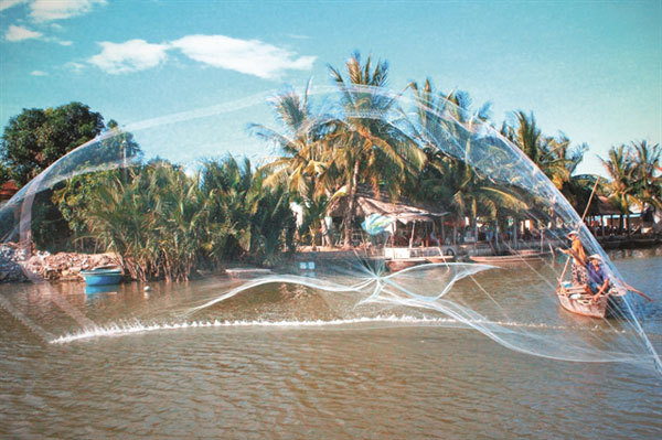 Quang Nam keen to whip tourism into shape