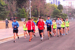 Tien Phong Marathon offers int'l chances for pro, amateur runners