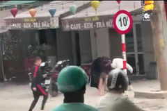 Hai cô gái ẩu đả, thanh niên cầm dao náo loạn phố Hồng Mai, Hà Nội