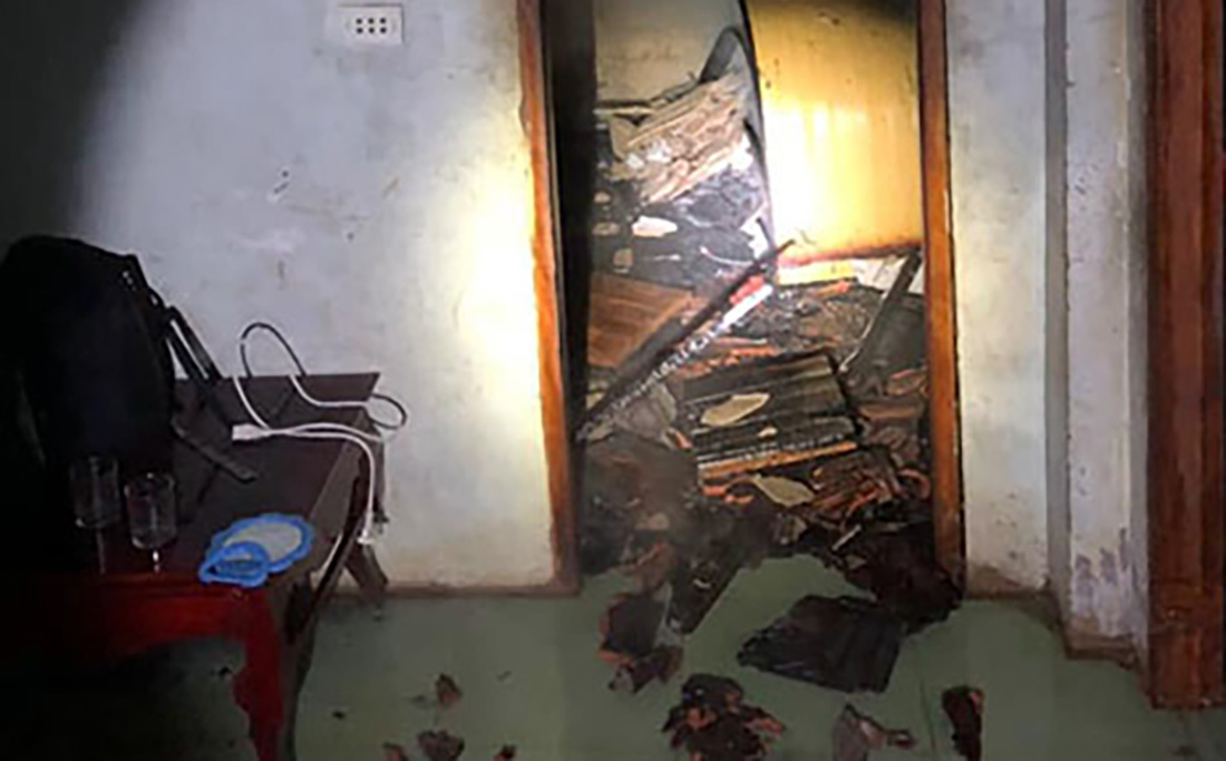 Mâu thuẫn với người thân, con trai phóng hoả đốt nhà