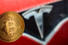 Đã có thể mua xe Tesla bằng Bitcoin!