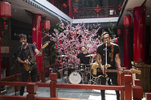 Vietnam-based Indie/Rock band SHADYLANES,vietnam music