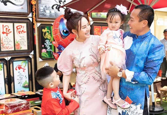 Tổ ấm viên mãn của ca sĩ Vy Oanh bên chồng đại gia