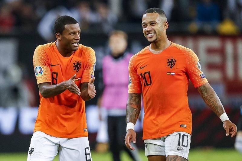 MU cần thêm Bruno Fernandes, Griezmann bám trụ Barca