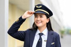 Diễn viên Diệu Thúy bỏ showbiz, tốn 6 tỷ đồng để trở thành phi công