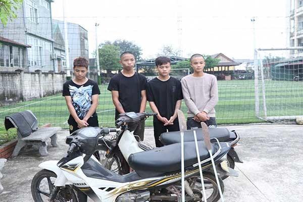Thiếu niên 16 tuổi cầm đầu băng cướp, cưỡng đoạt tài sản của người đi đường