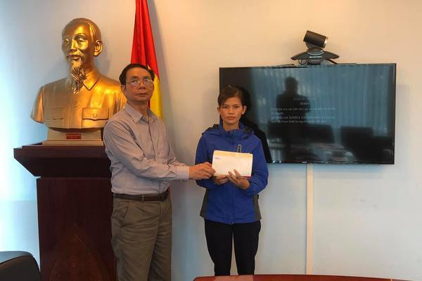 Trao hơn 238 triệu đồng đến bé Trương Văn Quyền bị tim bẩm sinh