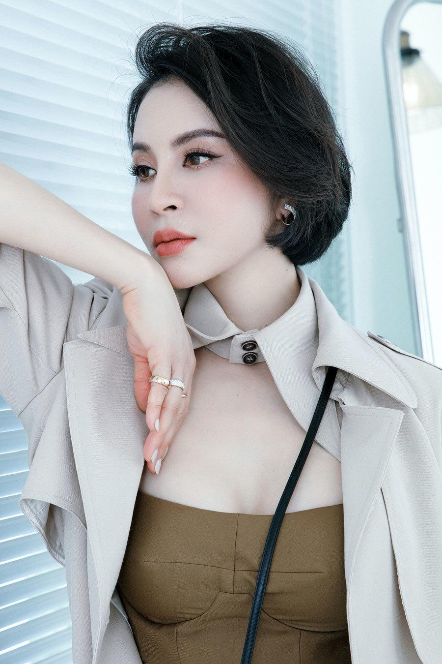 MC Thanh Mai gợi ý cách phối đồ sang chảnh